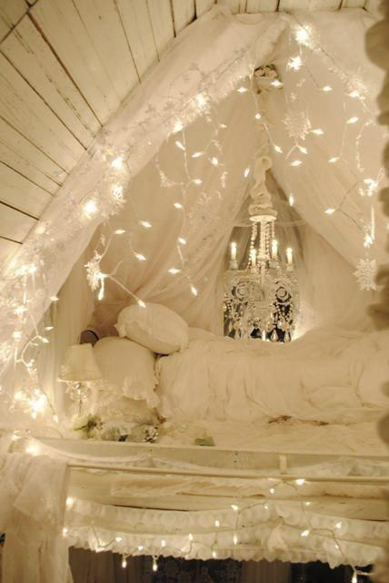 How To Use Fairy Lights To Decorate Your Home SHEmazing - Cheap bedroom fairy lights