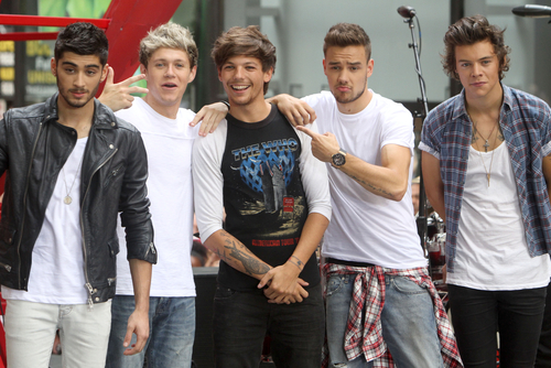 Singer accuses one direction of plagiarism shemazing the 25 year old singer took to twitter to share her thoughts on the new song writing beginning of that new 1d song couldnt sound any more like the thecheapjerseys Images