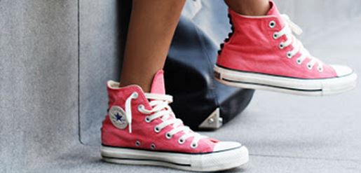 op voet beelden van horloge beste keuze Buy ways to tie converse high tops > 51% off!