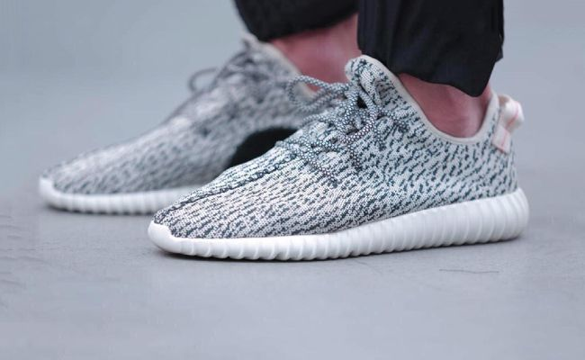 People are queuing two days before the Yeezy 350s go on sale a734c88bc