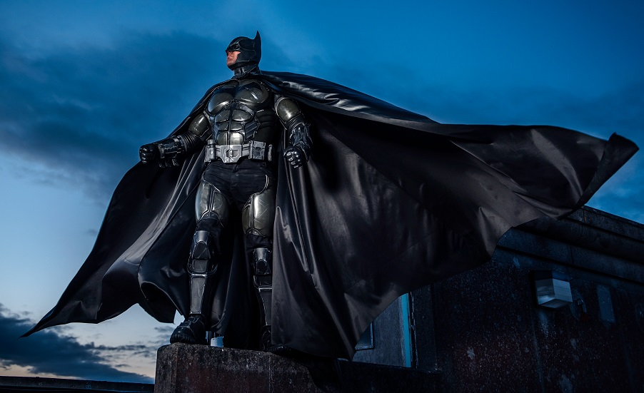 Julian Checkley has created one of the best Batman costumes the internet has ever seen. & The Dark Knight Rises in Galway: Irishmanu0027s design goes viral ...