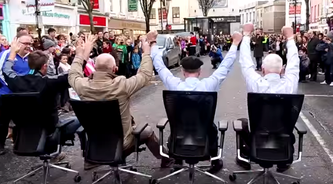 An Office Chair Race is a thing and we totally LOVE it & Only the Irish! An Office Chair Race is a thing and we totally LOVE ...