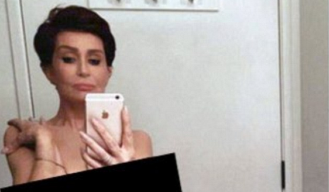 nude selfies everywhere! sharon osbourne is next to snap naked pic