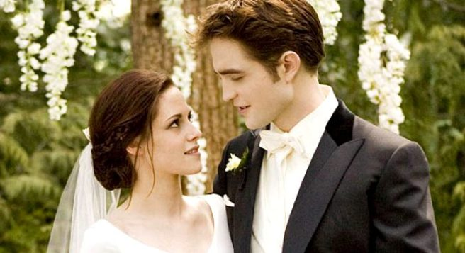 bella s dreamy wedding dress from twilight is now up for grabs