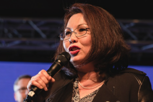 Duckworth Becomes the First Sitting Senator to Give Birth